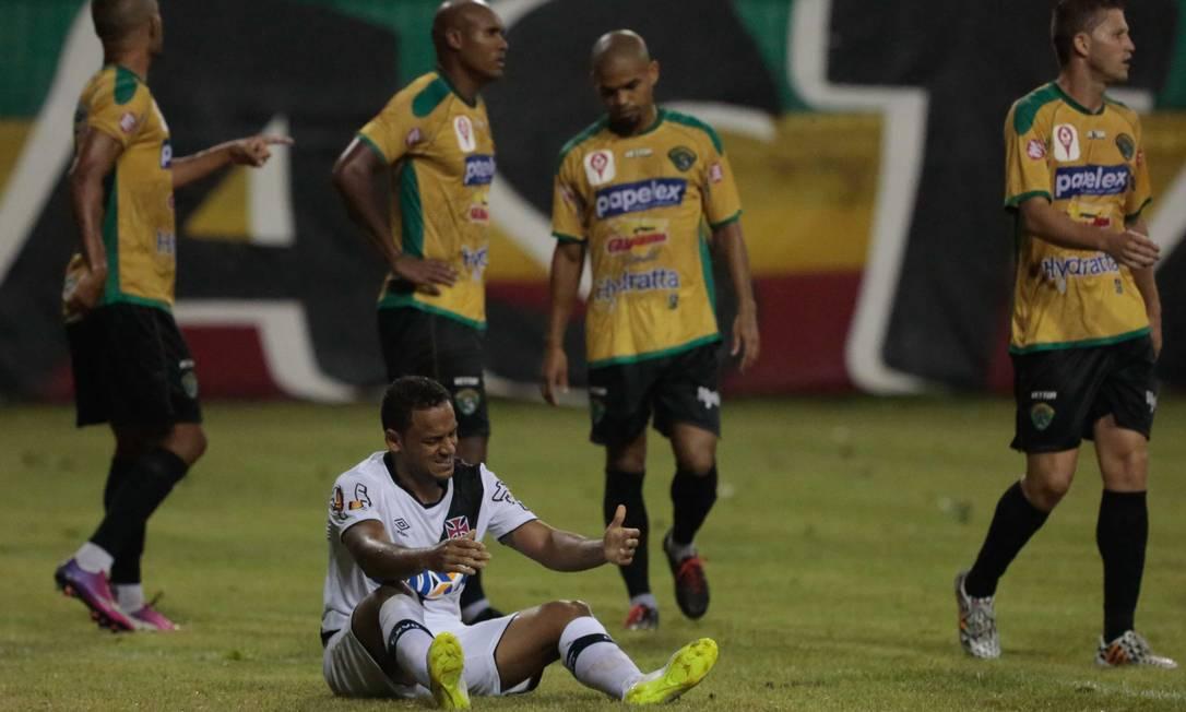 Na 3ª rodada, o Vasco não conseguiu passar do empate com o Tigres Pedro Kirilos / Agência O Globo