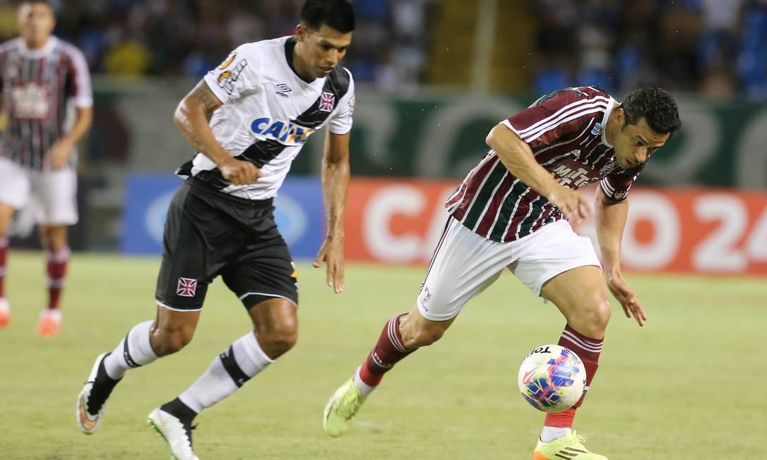 Com boa atuação, o Vasco derrotou o Fluminense no primeiro clássico pelo Carioca: 1 a 0 Guilherme Pinto / Agência O Globo