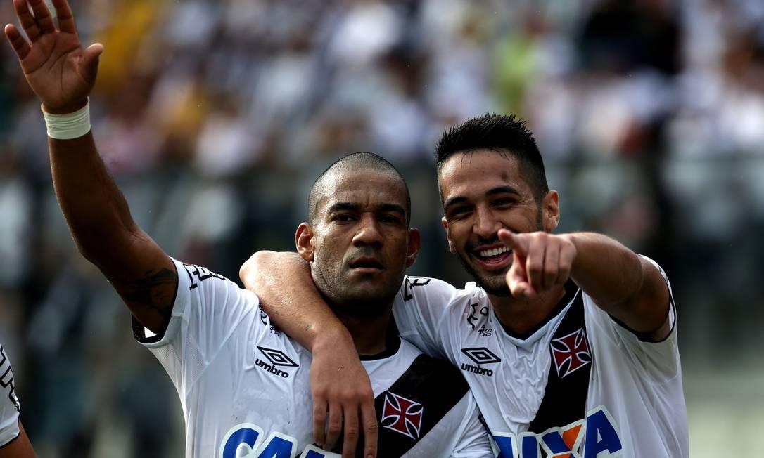 Eficientes na zaga e no ataque: Rodrigo e Luan marcaram na vitória por 2 a 0 sobre o Bangu Rafael Moraes / Agência O Globo