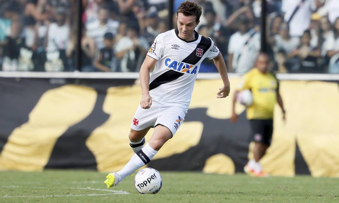 Na estreia de Dagoberto, goleada por 5 a 1 sobre o Nova Iguaçu Marcos Tristão / Agência O Globo