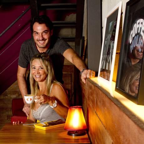 Novidade. O casal Léo e Daniella Esteves acaba de assumir a Cafeteria Cafuné, no Città America Foto: Bia Guedes