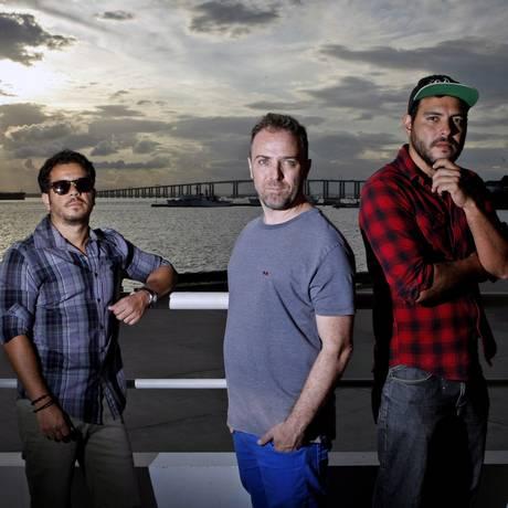 Talentos das pick-ups. Diogo Vaille e Marcelo Abreu, do Bruce Leroys, e João Pinaud (à direita) Foto: Luiz Ackermann