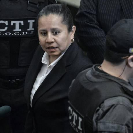 Maria del Pilar Hurtado tentou escapar, mas se entregou após revogação de asilo Foto: LUIS ACOSTA / AFP