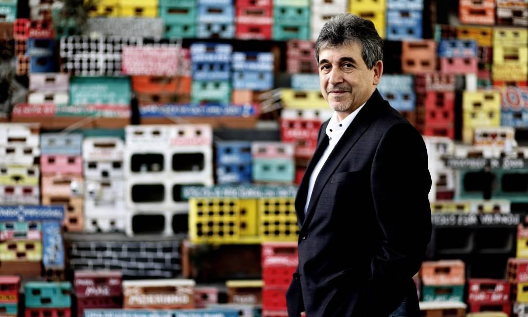 Jean Luc Monterosso, curador de exposição de fotografias do Rio de Janeiro de instituições francesas Foto: Gustavo Stephan / Gustavo Stephan