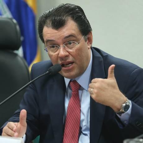 O ministro de Minas e Energia Eduardo Braga Foto: ANDRE COELHO / Agência O Globo