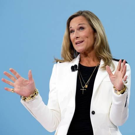 Angela Ahrendts, a executiva mais bem paga dos EUA em 2014 Foto: David Paul Morris / Bloomberg News