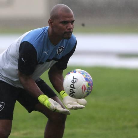 Jefferson já está totalmente recuperado da artroscopia que fez no último dia 10 Foto: Rafael Moraes / Agência O Globo
