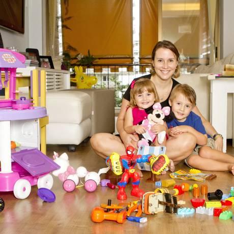 Tempo para os bebês. Gabriella se dedicou exclusivvamente aos filhos até completarem 18 meses Foto: Bia Guedes:Bianca Guedes / Fotos de Bia Guedes