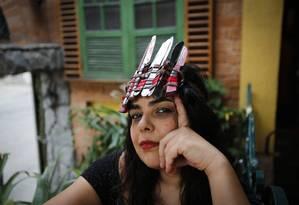 Ava usa o cocar: 'objeto de apoderamento' Foto: Alexandre Cassiano