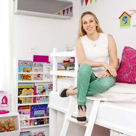 Reinvenção. Alessandra Amaral abriu o próprio negócio de decoração de quarto infantil Foto: Bia Guedes:Bianca Guedes / Bia Guedes