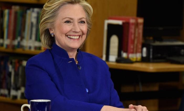 A candidata democrata Hillary Clinton participa de ato de campanha na Rancho High School, em Las Vegas Foto: Ethan Miller / AFP