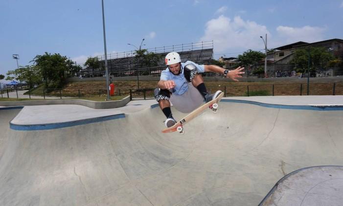 A pista do Parque de Madureira contempla as modalidades Street, Bowlriding, Banks e Downhill Foto: Márcio Alves / Agência O Globo