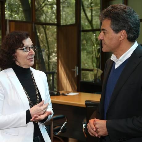 Governador Beto Richa anunciou nesta quarta-feira a professora Ana Seres Trento Comin como a nova secretária da Educação do Estado do Paraná Foto: Divulgação Governo PR