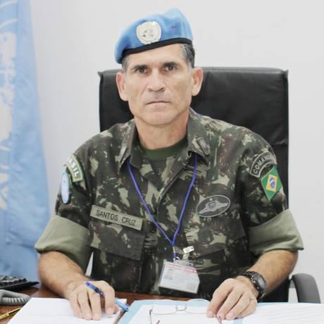 General Carlos Alberto dos Santos Cruz em foto de 2013 Foto: Myriam Asmani / Monusco/Divulgação