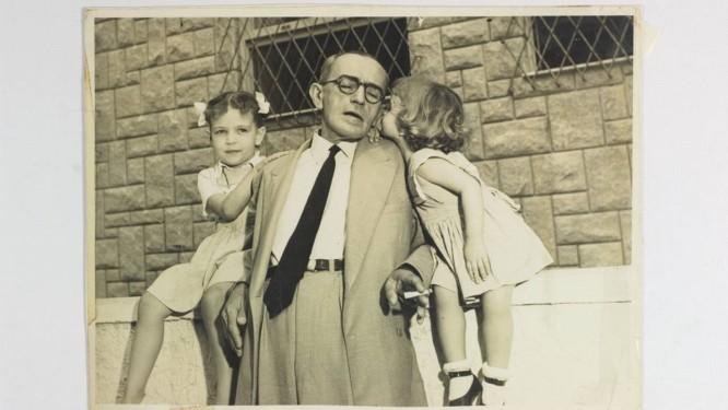 """Graciliano Ramos em família: escritor alagoano, autor de clássicos como """"Vidas secas"""" e """"Memórias do cárcere"""", é personagem do documentário de Sylvio Back. Foto: Divulgação"""