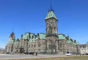Prédio histórico em Ottawa, capital do Canadá Foto: Henrique Gomes Batista / O Globo