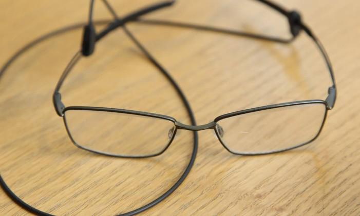 Óculos convencionais Foto: Fernando Donasci / Agência O Globo