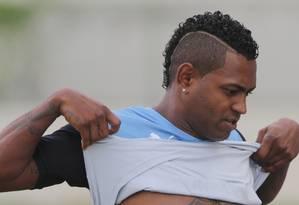 Jóbson pediu a redução de sua pena pela Fifa Foto: Marcelo Theobald / Extra