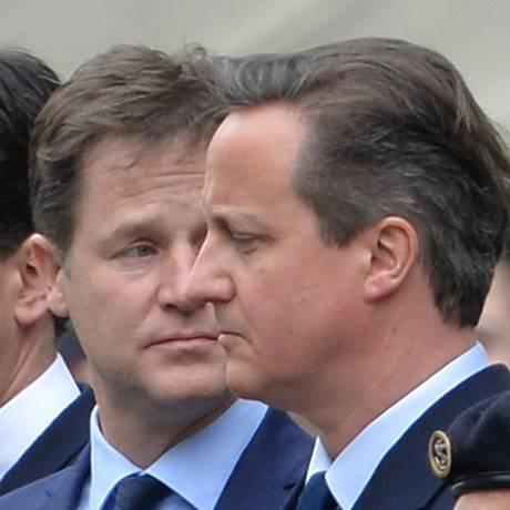 Miliband, Clegg e Cameron relembram 70 anos da vitória europeia na 2ª Guerra Foto: John Stillwell / AP
