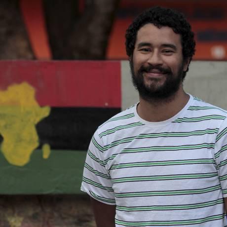 Pedro Rajão comanda o Leão Etíope, que resgata os ritmos e a influência da música africana Foto: Agência O Globo / Fernanda Dias