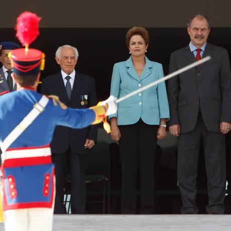 Dilma resolveu fazer em cima da hora esse evento por ter desistido de participar de uma cerimônia maior para os pracinhas no Rio Foto: ANDRE COELHO/Agencia O Globo / Agência O Globo