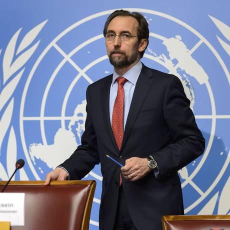 Zeid Ra'ad Al Hussein. Alto comissário das Nações Unidas para os Direitos Humanos pediu indiciamentos contra soldados e investigação sobre comportamento das autoridades francesas Foto: FABRICE COFFRINI / AFP