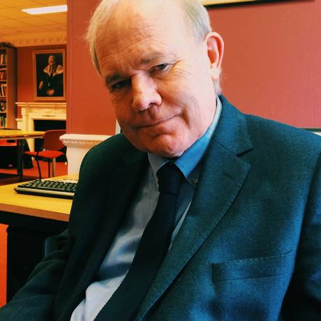 Tudor Jones. Especialista da Universidade de Oxford defende que indecisos podem ter decidido eleições no Reino Unido Foto: Divulgação