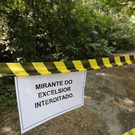 Trilha fechada na semana passada devido a assaltos Foto: Pablo Jacob / Agência O Globo (03/05/2015)