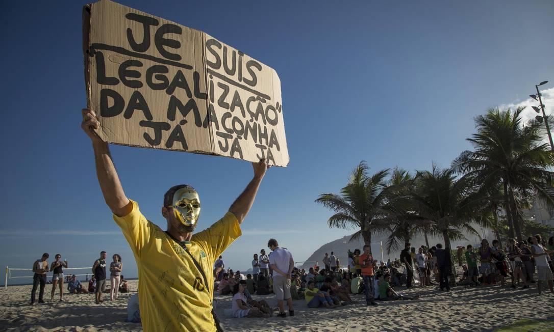 """A 12ª edição da """"Marcha da maconha"""" aconteceu neste sábado Fernando Lemos"""