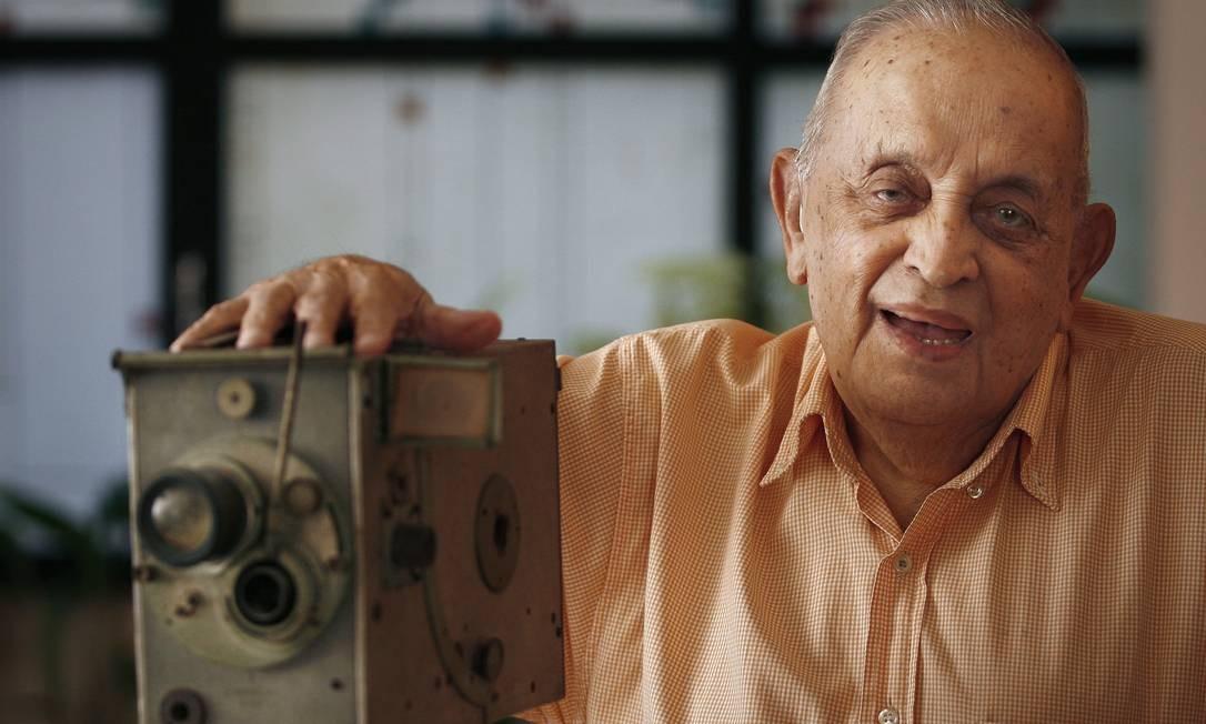Perda. Diretor de cinema Jurandyr Noronha morre aos 99 anos Foto: Mônica Imbuzeiro / Agência O Globo