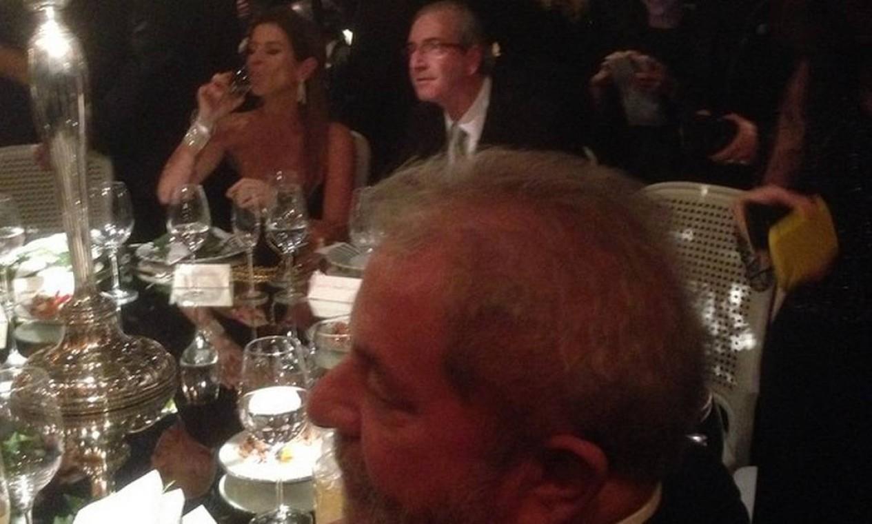Durante a festa, o ex-presidente Lula sentou-se ao lado de Eduardo Cunha (PMDB-RJ), presidente da Câmara dos Deputados Foto: Ricardo Noblat