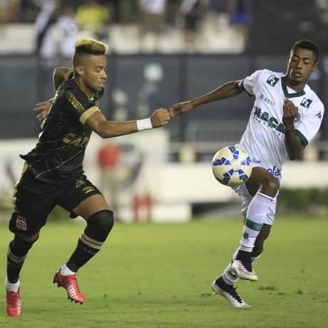 O Vasco teve estreia ruim no Brasileiro: 0 a 0 com o Goiás em São Januário Foto: Nina Lima / Agência O Globo