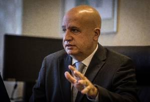 Valdir Simão acredita que a lei funciona no Poder Executivo federal, mas reconhece que é preciso avançar Foto: André Coelho / Agência O Globo