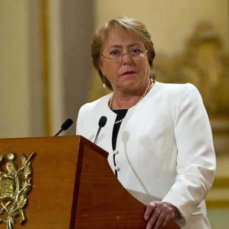Bachelet tem sofrido com crise interna Foto: Moises Castillo / AP