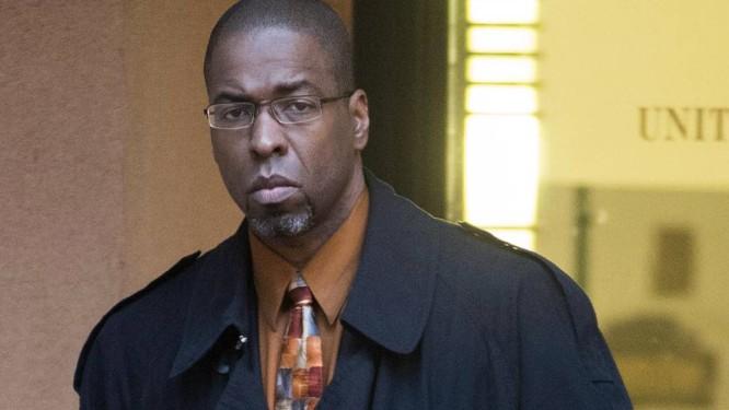 Jeffrey Sterling. Ex-funcionário da CIA foi condenado a três anos e meio de prisão por revelear detalhes de missão secreta Foto: Kevin Wolf / AP