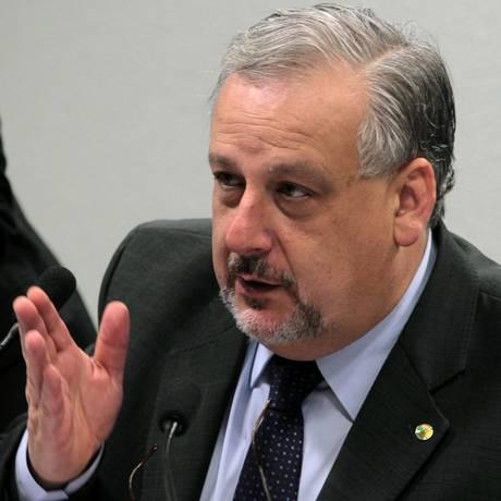O ministro das Comunicações Ricardo Berzoini Foto: Jorge William / Agência O Globo