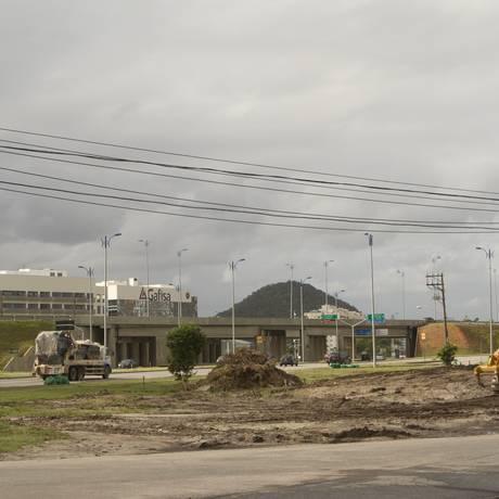 Local onde estão sendo construídas as futuras pistas Foto: Freelancer / Bia Guedes