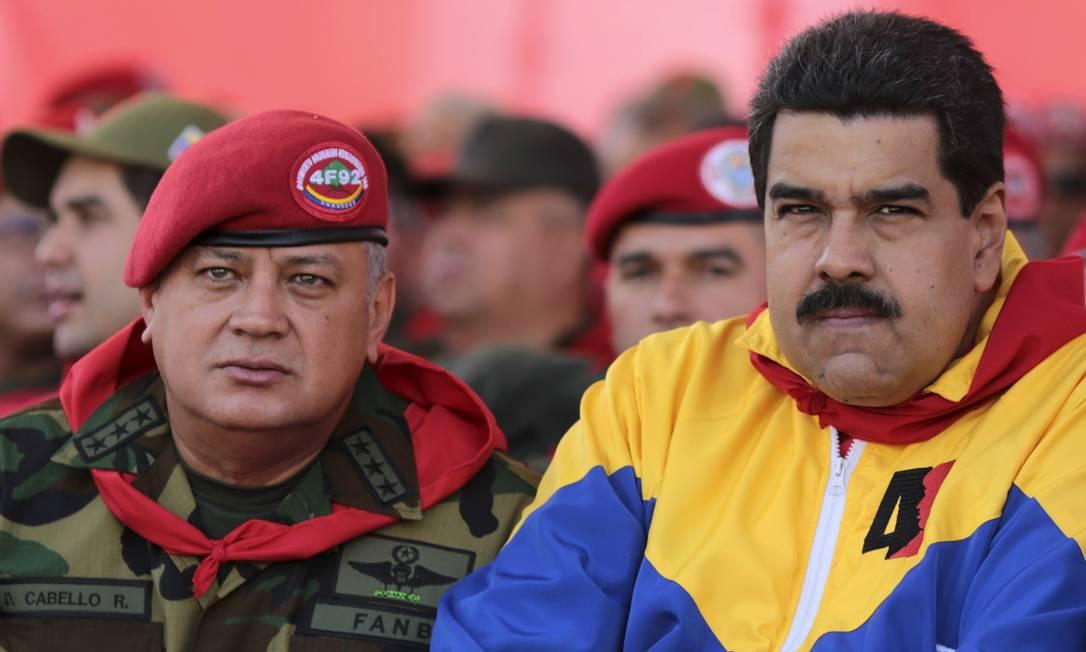 Maduro e o presidente da Assembleia Nacional, Diosdado Cabello Foto: Palacio Miraflores / Reuters