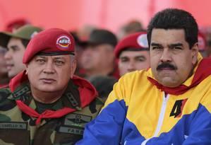 Maduro e o número dois do chavismo, Diosdado Cabello Foto: Palacio Miraflores / Reuters