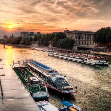 Ponto de embarque dos Bateaux-Mouches no Rio Sena, Paris Foto: Joe deSousa/Domínio Público / Flickr