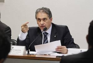 O deputado Carlos Zarattini (PT-SP) Foto: Givaldo Barbosa / Arquivo O Globo 05/05/2015