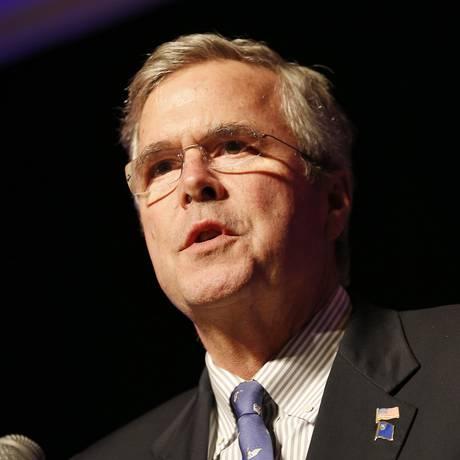Jeb Bush. Cotado para disputar a vaga do Partido Republicano na disputa presidencial, irmão do ex-presidente George W. Bush deu declarações contraditórias sobre a guerra no Iraque Foto: John Locher / AP