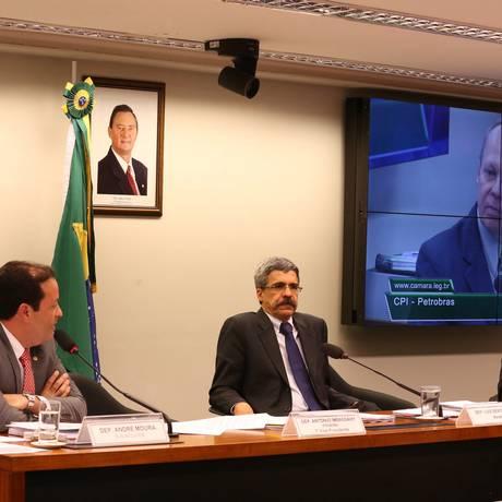 CPI da Petrobras recebeu nesta quinta-feira depoimento de Renato Sanches, diretor de operações da Sete Brasil Foto: Ailton de Freitas / Agência O Globo