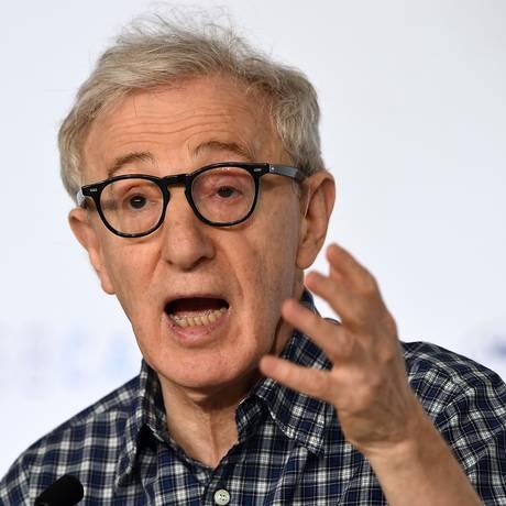 """Woody Allen fala sobre """"Homem Irracional"""", seu mais novo filme, no Festival de Cannes 2015 Foto: ANNE-CHRISTINE POUJOULAT / AFP"""