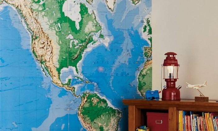 Mapa de parede para crianças. Nele, é possível rabiscar com caneta os países desejados Foto: Divulgação