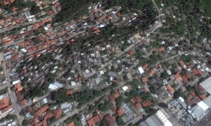 Na foto a favela do Caniçal, no Cafubá em 2015 Foto: Google Earth / Reprodução