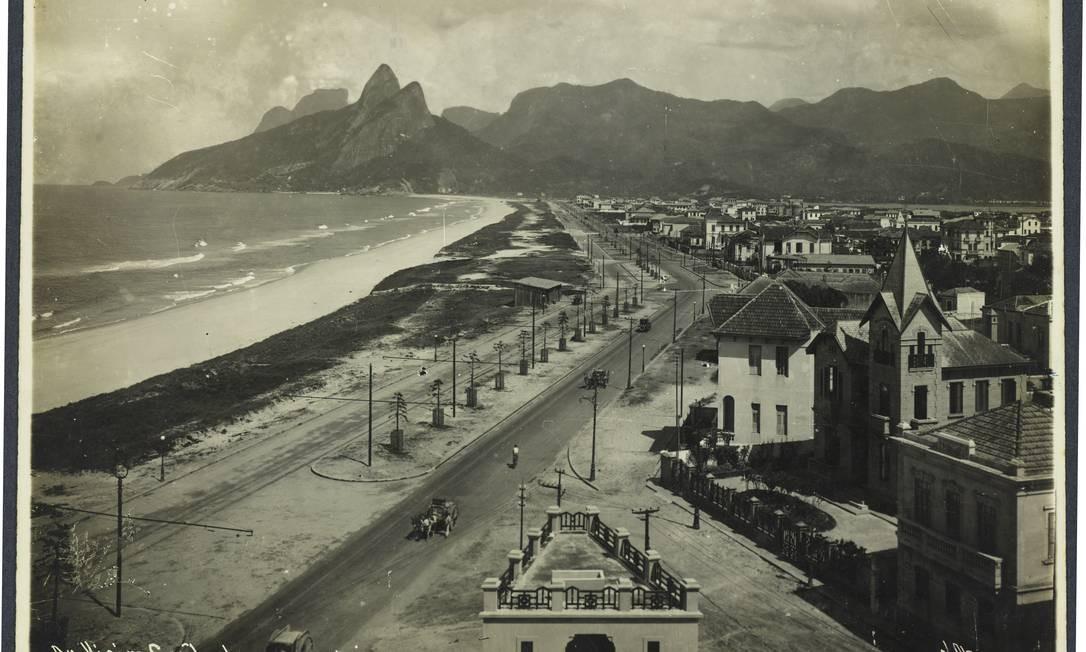 A Avenida Vieira Souto Avenida Vieira Souto, em Ipanema, em 1911 Augusto Malta/ Acervo da Fundação Biblioteca Nacional