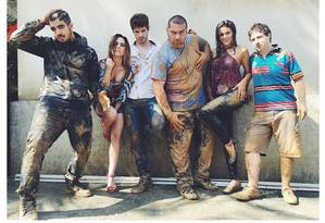 Caio, Tatá, Maurício, Bruna e outros atores Foto: Reprodução