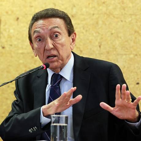 O ex-ministro de Minas e Energia, Edison Lobão Foto: 08-04-2013/ Givaldo Barbosa/ Agência O Globo