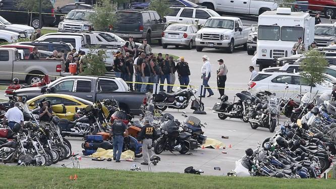 Apesar de vários mortos, incidente não chegou a ferir civis no local Foto: Jerry Larson / AP